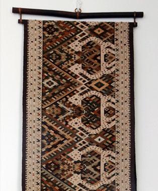 Unique-Laos-Weavings-p1