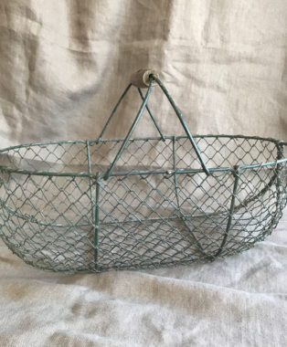 Traditional-OysterCollecting-Basket