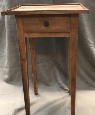 Walnut-Side-Table