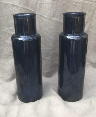 Deep-cobalt-blue-apothecary-jars