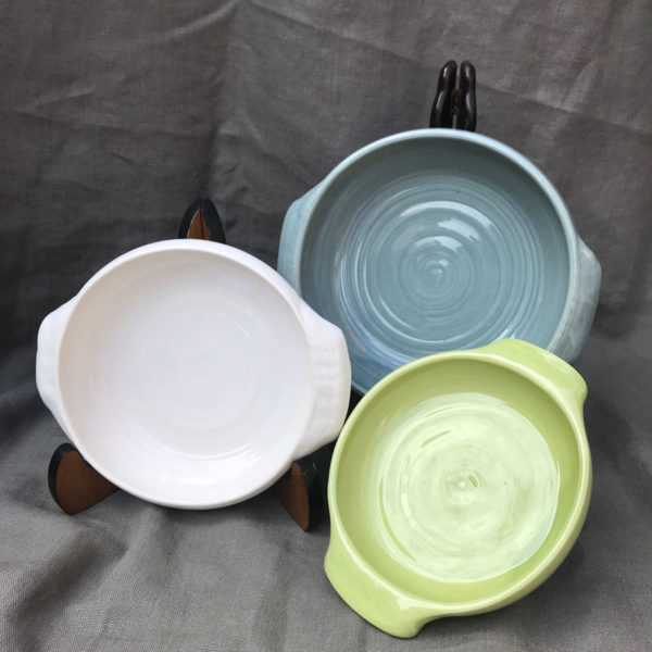 Traditional-round-baking-dishes