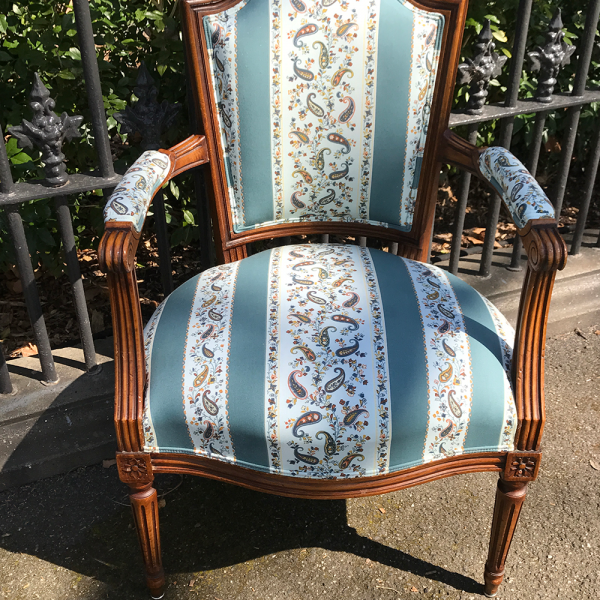 Antique-beech-frame-chair-2