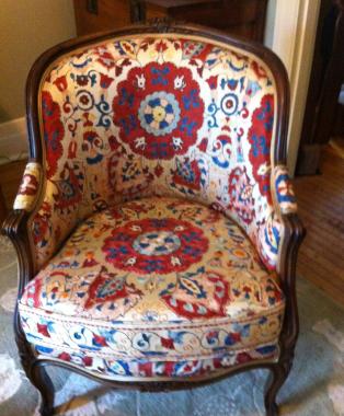 Lovingly-Restored-Shair-covered-in-Floored-Linen